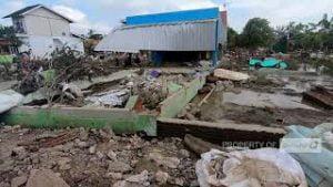 DPP Partai Gerindra Salurkan Belasan Truk Bantuan Untuk Korban Banjir di Bekasi & Karawang